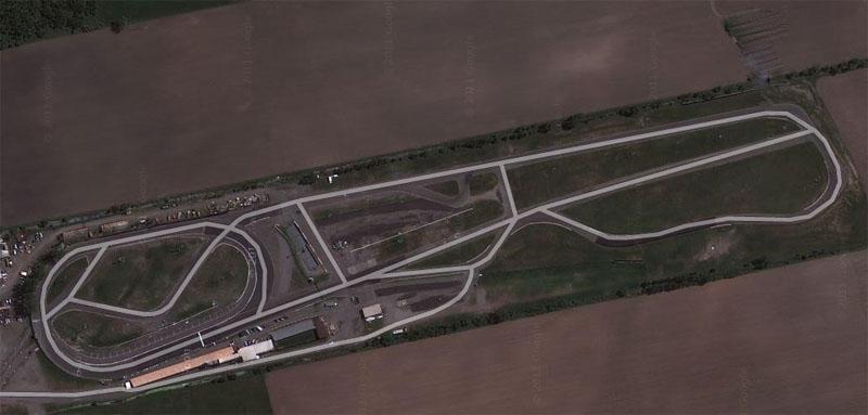 Autodrome_Saint-Eustache_satellite