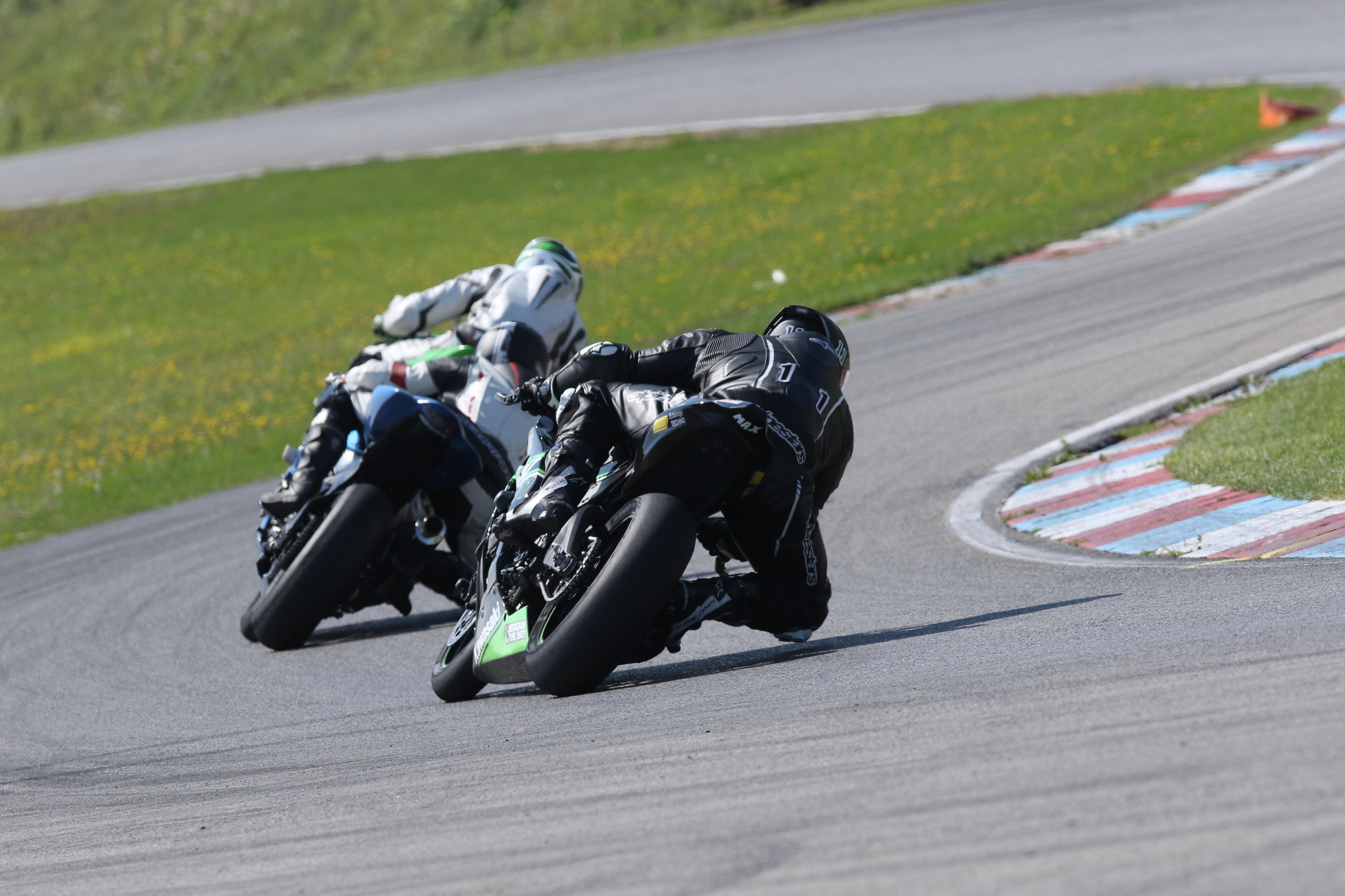 Motosport St Eustache >> 2 Juin 2019 Groupe Vert Autodrome St Eustache Trackday